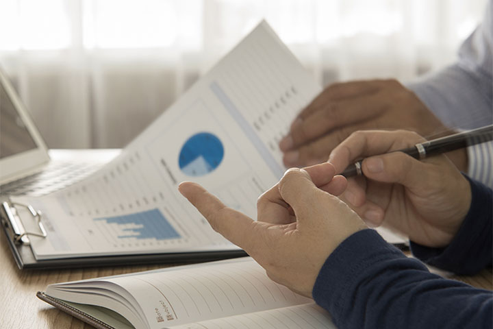 Most Canadians don't use financial planners: survey